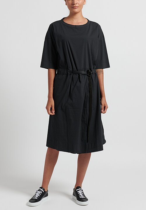 Album di Famiglia Belted Dress in Slate Black