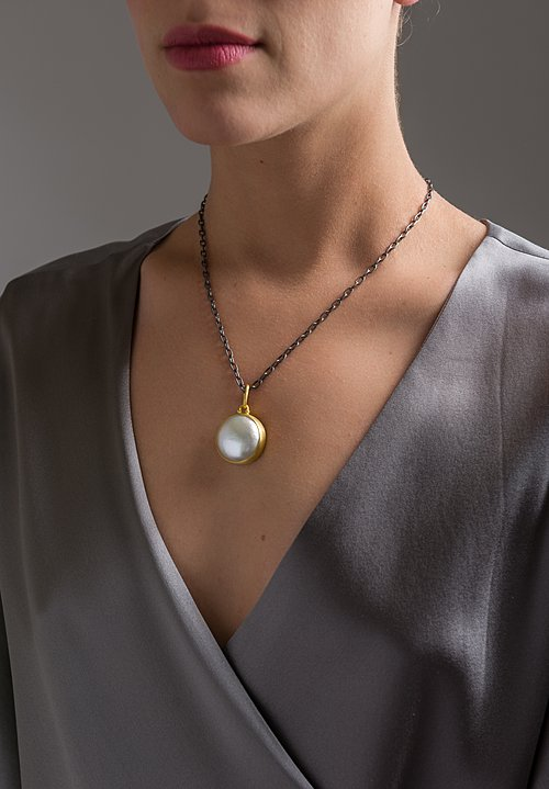 Stephanie Albertson 22K, Mabe Pearl Luster Pendant