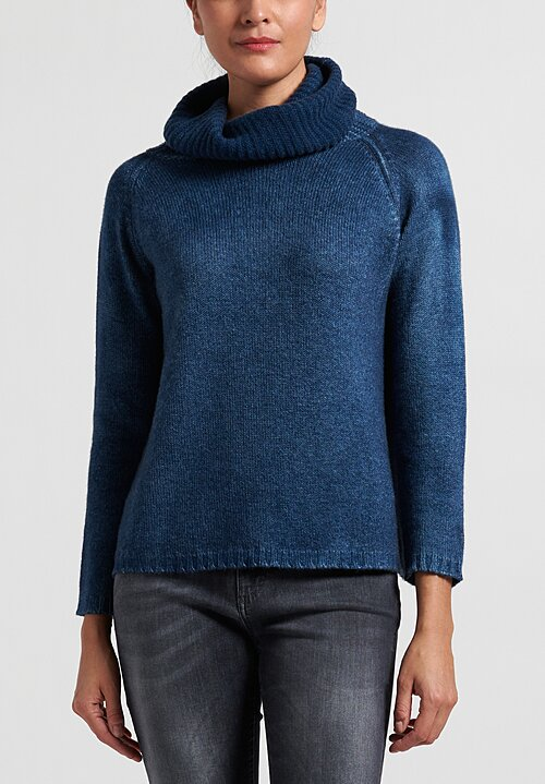 Avant Toi Cashmere Ribbed Square Turtleneck Sweater in Deep Blue