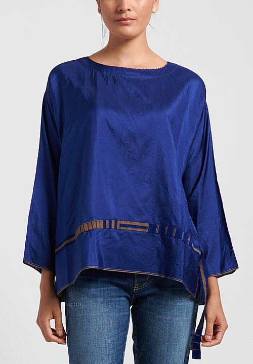 Péro Ribbon Accent Top in Cobalt/ Sand Ribbon