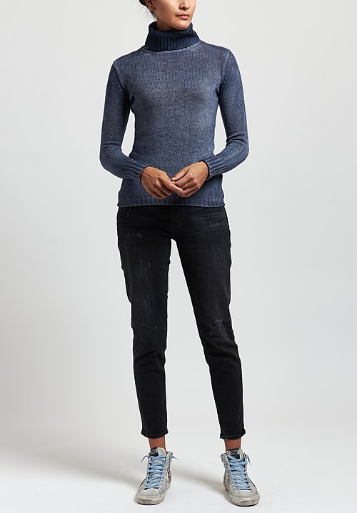 Avant Toi Cashmere Fitted Ribbed Turtleneck Sweater
