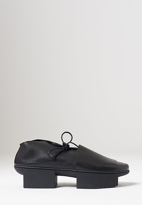 Trippen Deck Shoe in Black