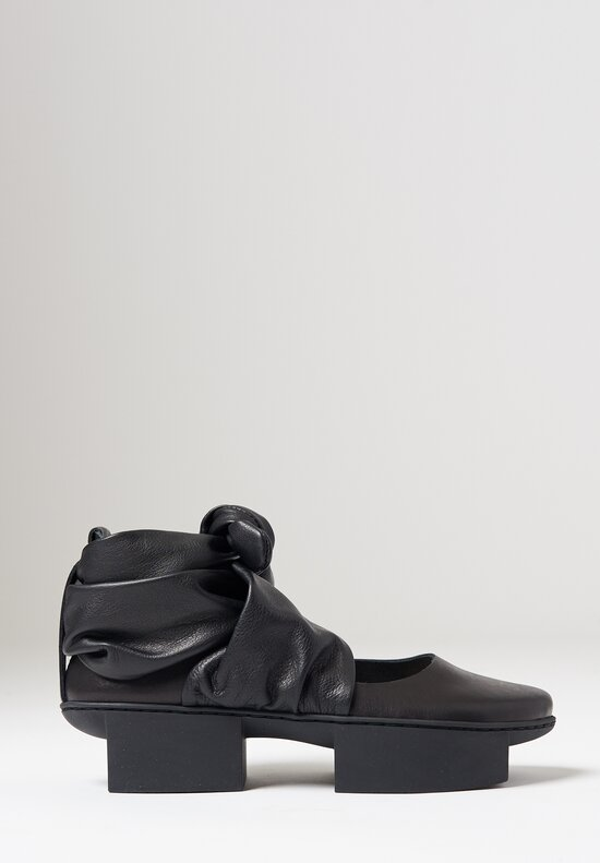Trippen Demeter Shoe in Black