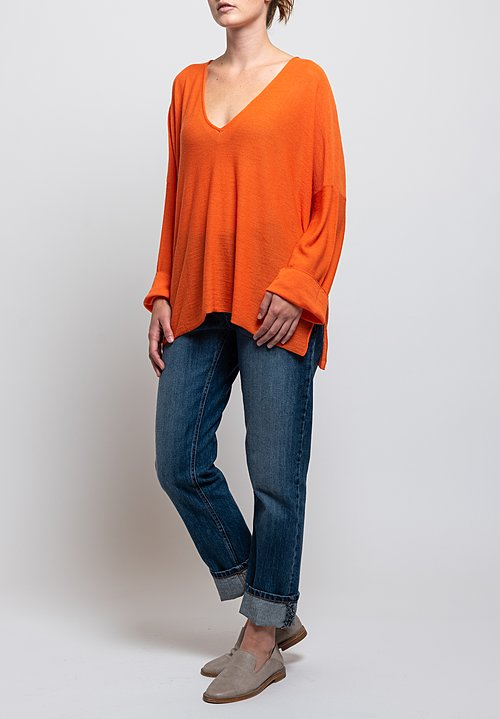 Shi Cashmere Lavinia V-Neck Sweater in Orange