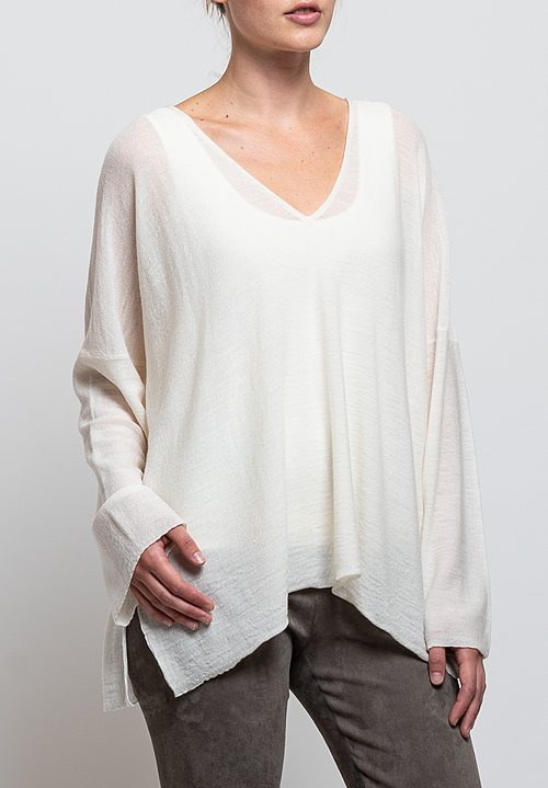 Shi Cashmere Lavinia V-Neck Sweater in Off White