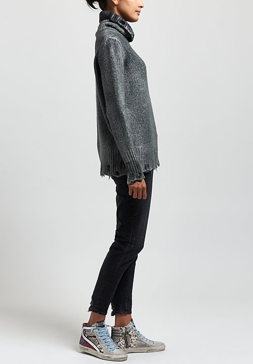 Avant Toi Destroyed Edge Turtleneck Sweater in Nero / Salice