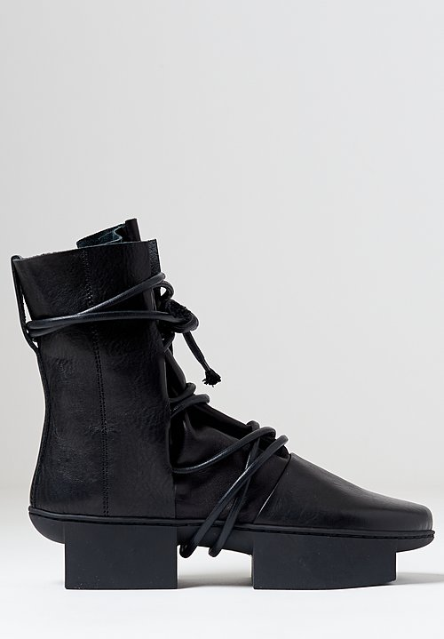 Trippen Pulley Boot in Black