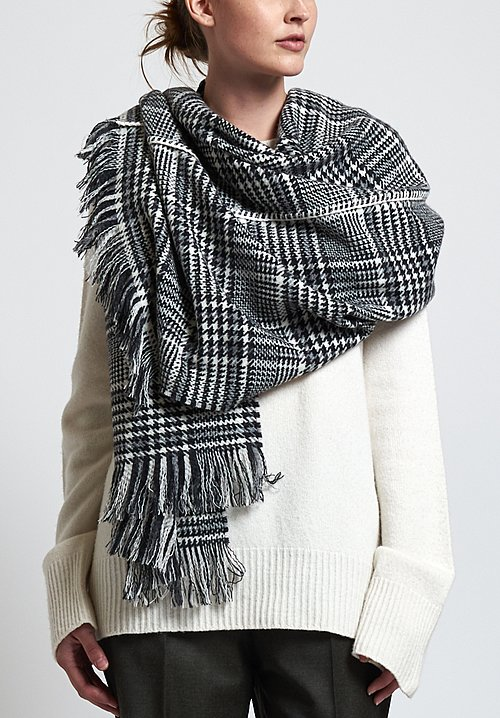 Alonpi Cashmere Double Sewn Houndstooth Scarf in Grey