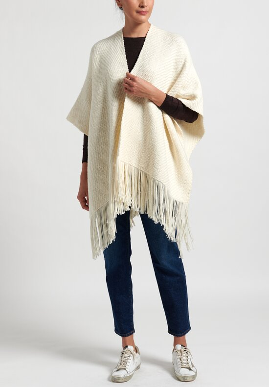 Oversized 'Ava' Cape in Cartagena