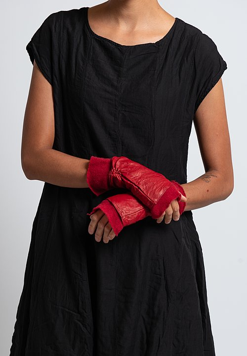 Rundholz Dip Lambskin & Cashmere Fingerless Gloves in Karmin