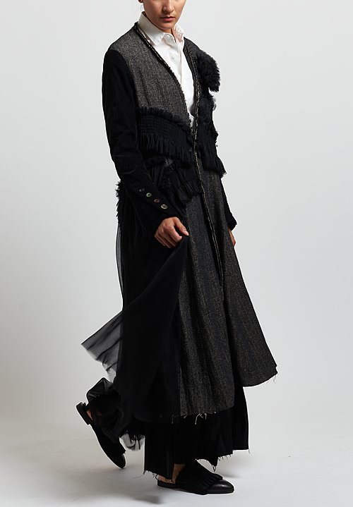 A Tentative Atelier Herringbone & Velvet ''Margrethe'' Coat in Black