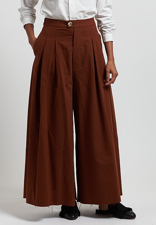 A Tentative Atelier ''Gregg'' Pants in Brick Red