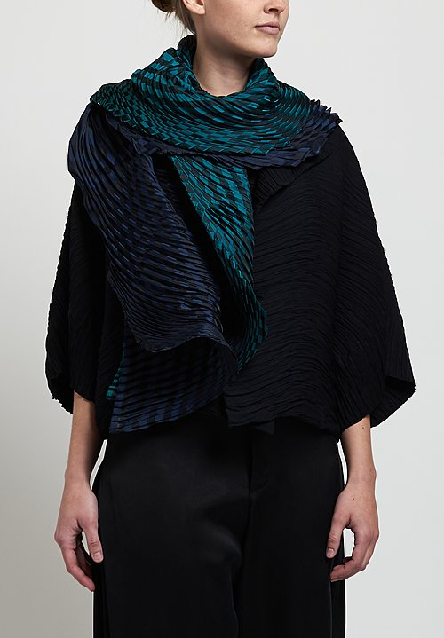 Issey Miyake Winding Pleats Scarf in Green