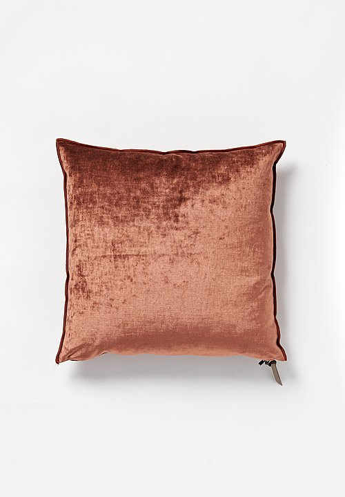Maison de Vacances Royal Velvet Square Pillow in Argile