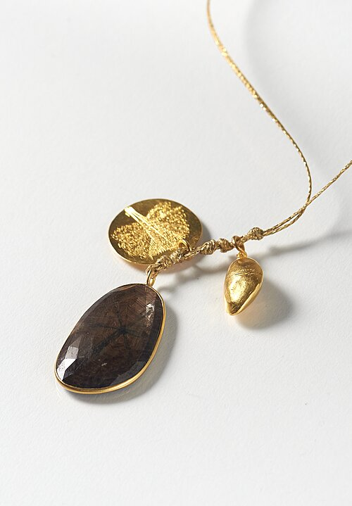 Pippa Small 18K, Honey Sapphire Colette Set, Gold Mahogany Tree and Seed Necklace