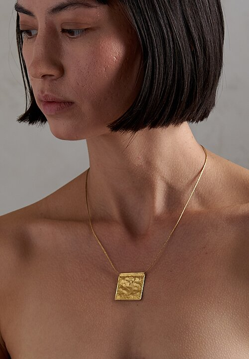 Pippa Small 18K, Gold Burma Elephant Pendant Necklace