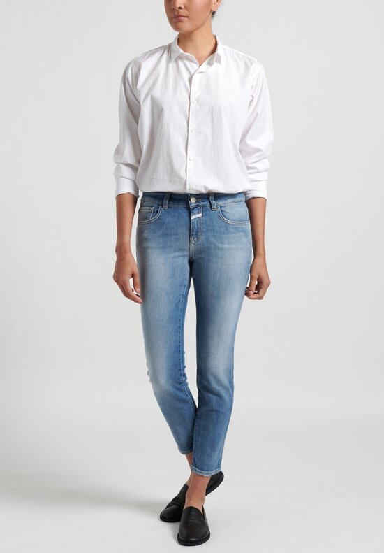 Closed Baker Cropped Narrow Jeans in Light Mid Blue