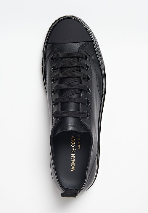 Common Projects Tournament Low Shiny Sole Sneaker in Black