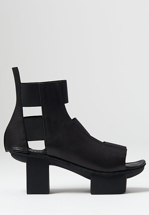 Trippen Barricade Shoe in Black