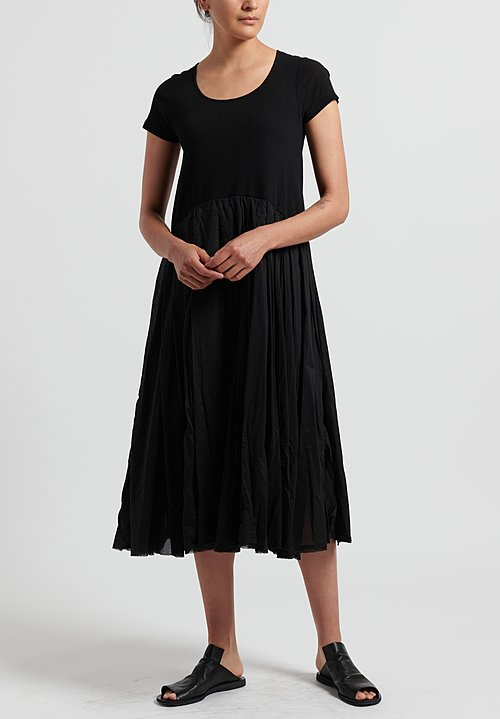 Rundholz Dip Ribbed and Pleated Short Sleeve Dress in Black