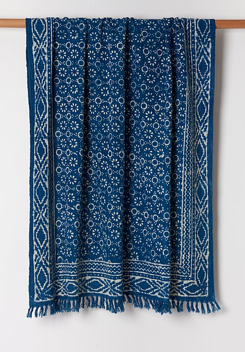 De-Cor Handloom Indigo Cotton Batik Throw Blue 2