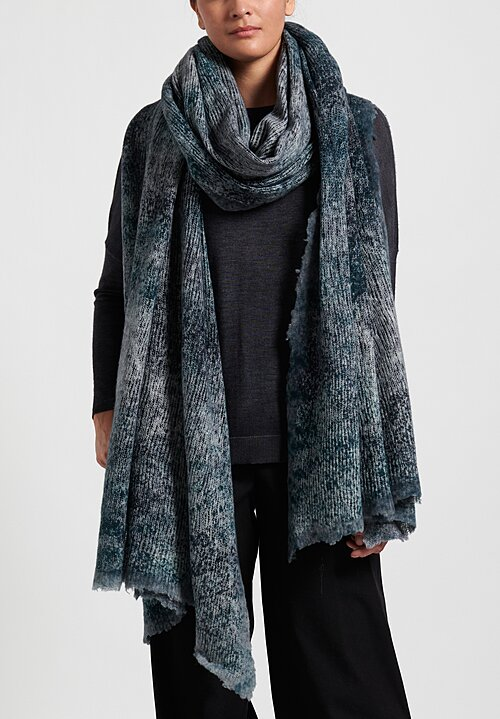 Avant Toi Loose Knit Felted Edge Scarf in Pavone/ Blu Navy