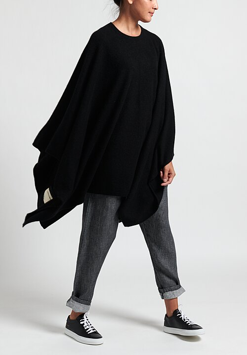 Frenckenberger Cashmere Airplane Poncho in Black