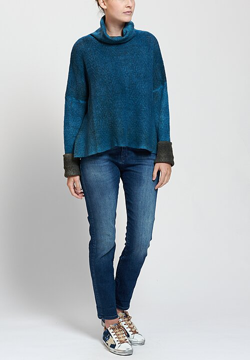 f Cashmere Roberta Turtleneck in Blue