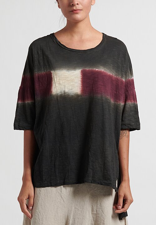 Gilda Midani Pattern Dyed Short Sleeve Super Tee in Maroon
