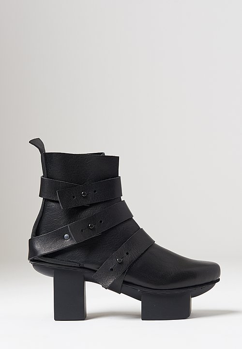 Trippen Free Bootie in Black