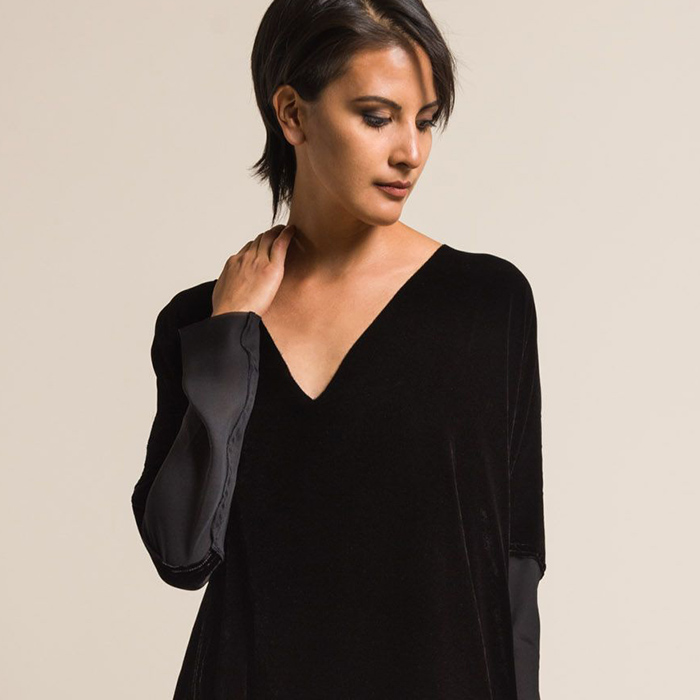 Jaga Velvet Contrast Sleeve V-Neck Tunic in Black | Santa Fe Dry Goods & Workshop