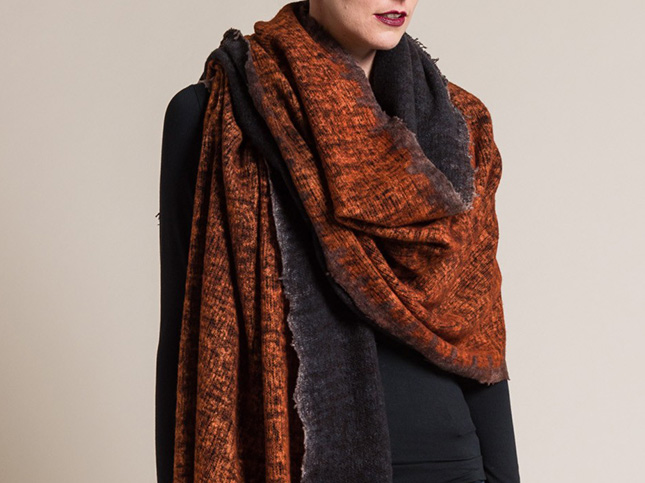 Avant Toi Wool/Cashmere Raw Edge Scarf in Zucca Orange