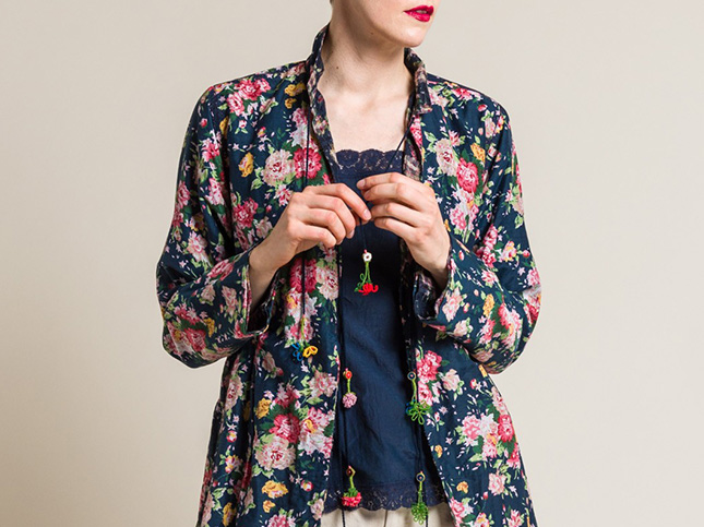 Péro by Aneeth Arora Reversible Floral Jacket in Navy