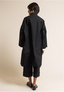 .-Casey-Casey-Waxed-Cotton-Oversize-Blob-Coat-in-Black