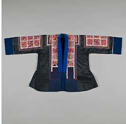 REVIEW: Quilts of Southwest China Woman's Traditional Style Chinese Jacket