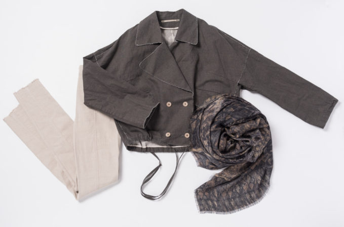 Annette Görtz Grey Jacket and Beige Pants with Al011pi Cashmere brown scarf