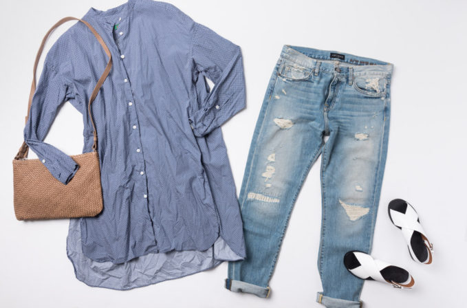 Casey Casey Blue Button-up shirt, Artisan De Luxe jeans, Massimo Palomba brown leather bag, and Flamingos shoes white sandals